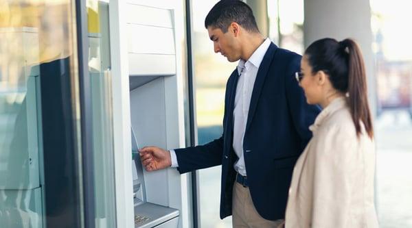 IT Sicherheit in Banken, Finanzsektor und bei Geldautomaten